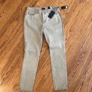 NTW NYDJ Legging Pant! Size 8P Grey